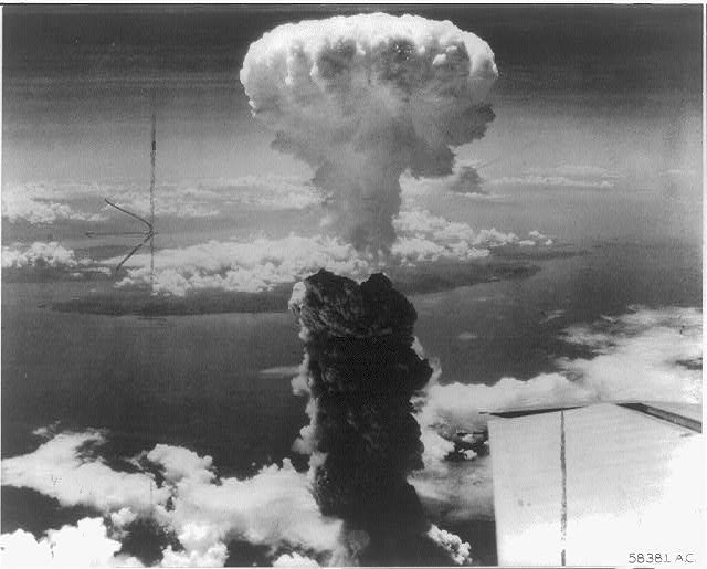 essay hiroshima nagasaki bombing Essay about hiroshima and nagasaki bombingssince the end of world war ii, there has been an ongoing argument concerning.